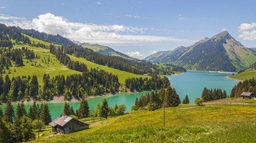AWS oznamuje region ve Švýcarsku s datem spuštění 2022