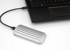 přenosný SSD disk s portem Thunderbolt3